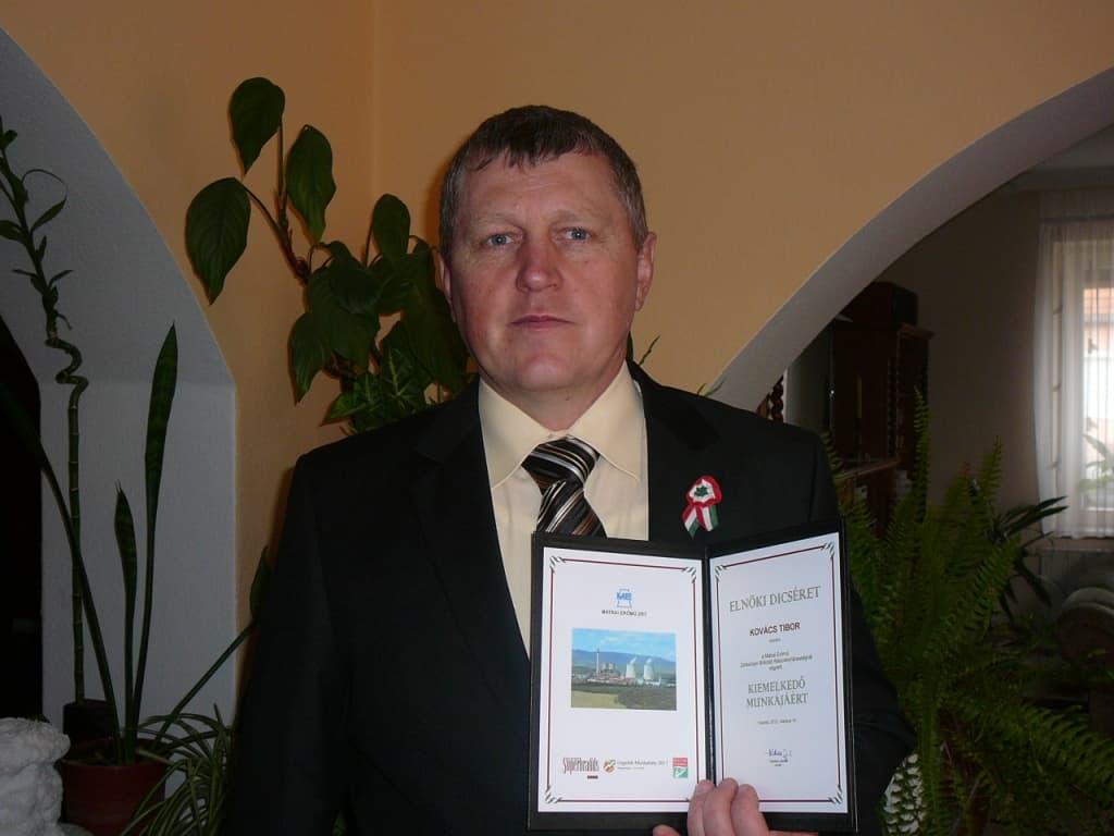 Kovács Tibor őrségparancsnok-helyettes Mátrai Erőmű Zrt. Elnöki dicséretben részesült  2012-ben